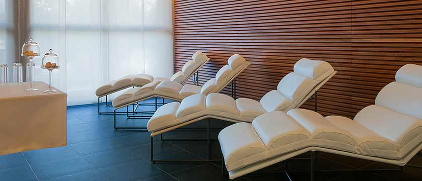 Hotel Excelsior, Chamonix, France - relaxation area.jpg